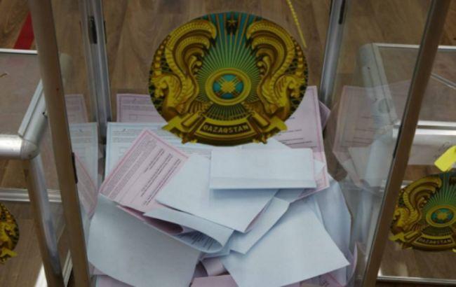 Вибори в Казахстані: екзит-пол показав перемогу партії Назарбаєва