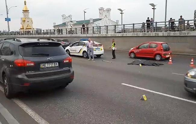 Смертельне ДТП: у Києві на Набережній пішохід-порушник залишився без голови (фото)