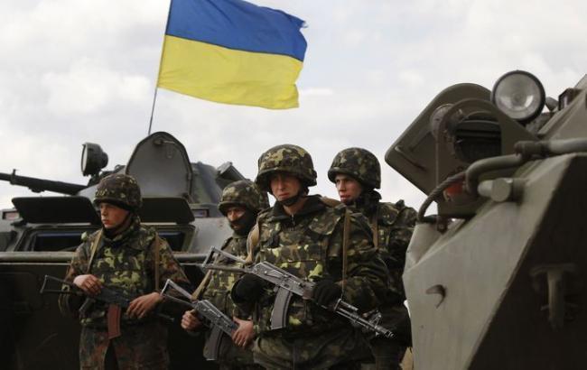Боевики за сутки 127 раз обстреляли украинских военных, - АТО