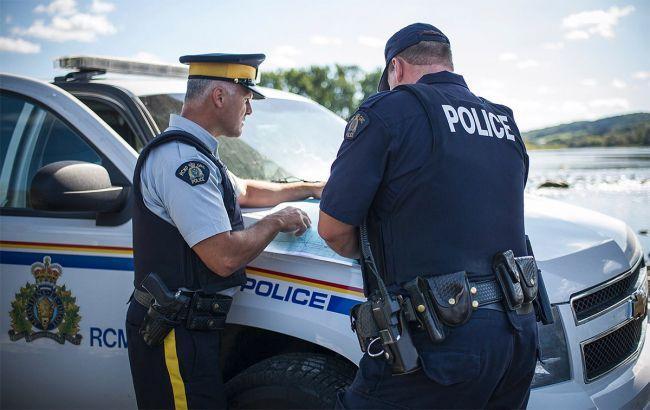 Девять человек погибли в результате наезда грузовика на пешеходов в Торонто