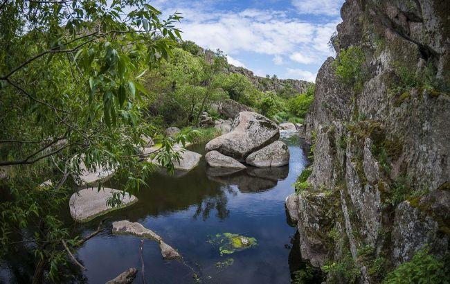 """""""Гранд-каньон"""", старые поместья и нацпарк: лучшие локации юга Украины для осеннего уикенда"""
