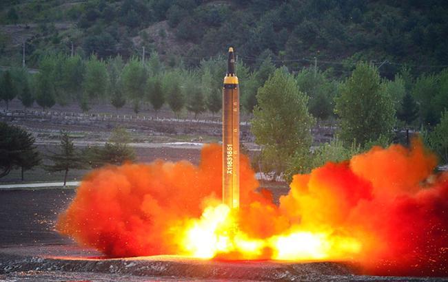 Фото: баллистическая ракета КНДР (kcna.kp)