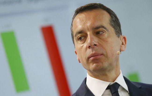 Канцлер Австрии призвал к пересмотру санкций против РФ