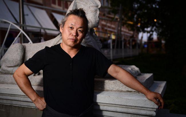 Корейський режисер Кім Кі Дук помер від коронавірусу - ЗМІ