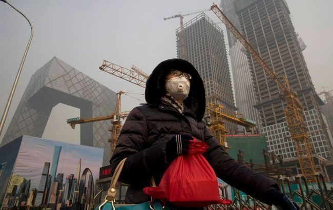 В Шанхае зафиксировали первую смерть от коронавируса, всего погибли 54 человека