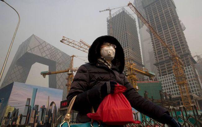Кількість жертв коронавірусу в Китаї перевищило 2440 осіб