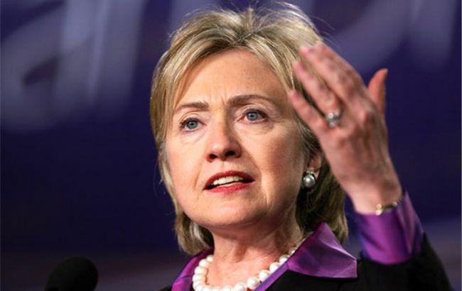 Фото: Клинтон потеряла почти все преимущество над Трампом