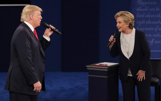 Фото: Дональд Трамп обвинил Хиллари Клинтон в приеме допинга