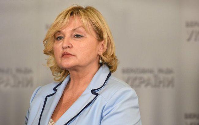 Порошенко звільнив Луценко від обов'язків представника президента в Раді