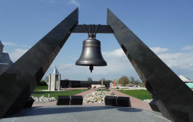 """Фото: Мемориала """"Концлагерь """"Красный"""" (Wikimapia)"""