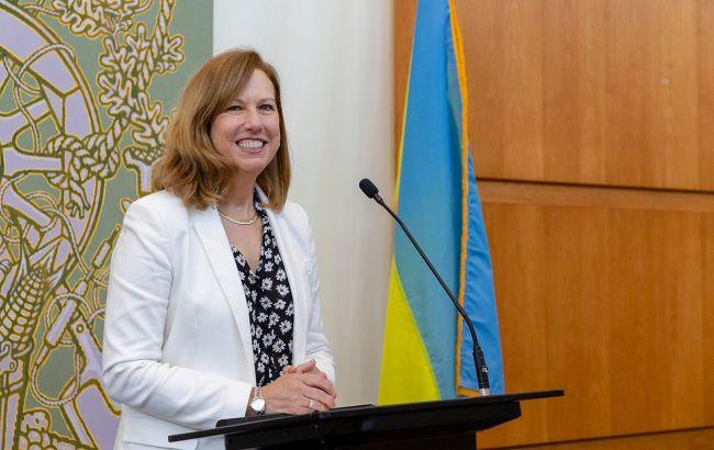 Украина показала замечательную сдержанность перед лицом агрессии РФ, - поверенная в делах США