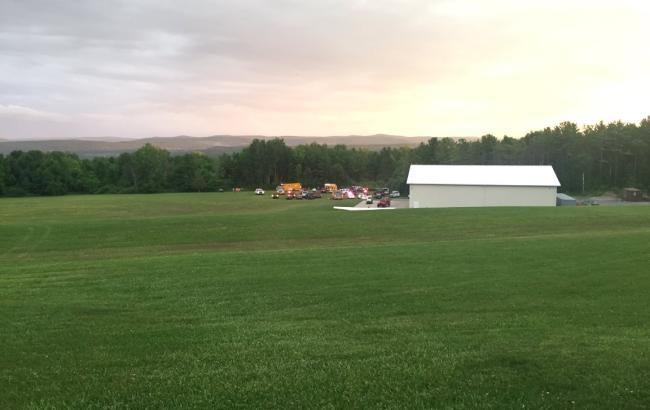 Фото: в США после падения сгорел небольшой самолет