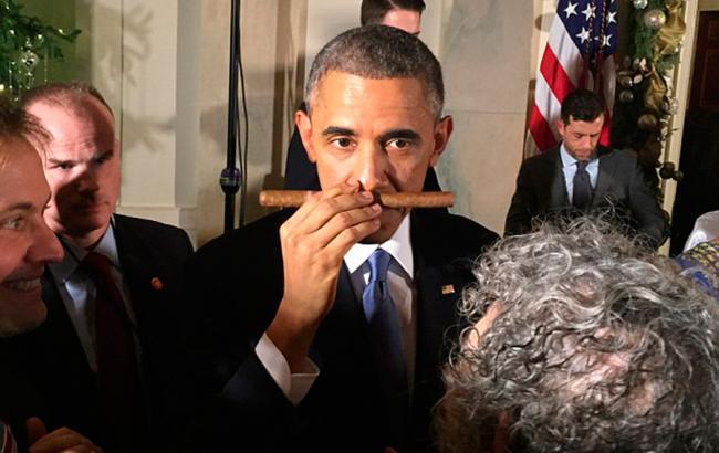 Обама пообещал снять санкции с Кубы