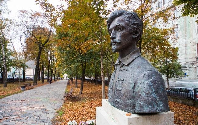 Сам себе экскурсовод: прогулка по улице Бульварно-Кудрявская в Киеве