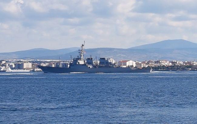 Американський есмінець Donald Cook опинився між двома фрегатами РФ в Егейському морі