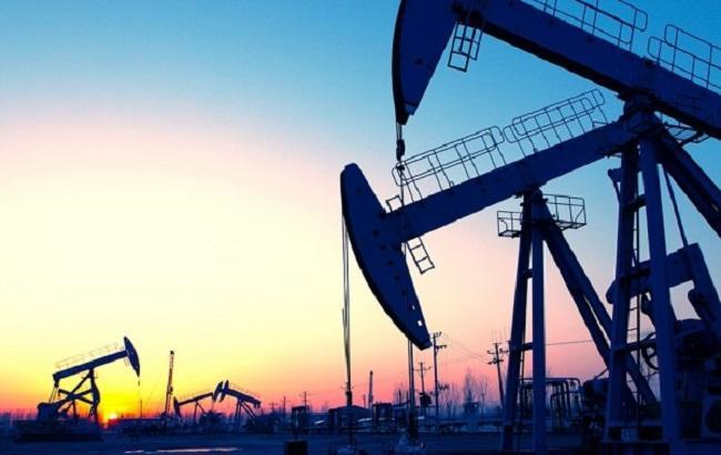 Участники встречи в Дохе планируют заморозить добычу нефти до октября