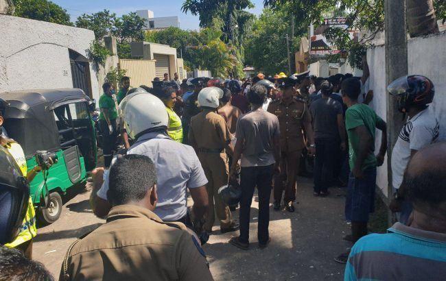 Из Шри-Ланки после терактов выдворили более 600 иностранцев