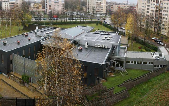Беларусь сокращает до минимума посольство Литвы