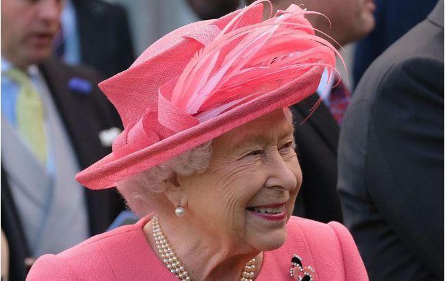 """Елизавета II забавно """"потроллила"""" американских туристов"""