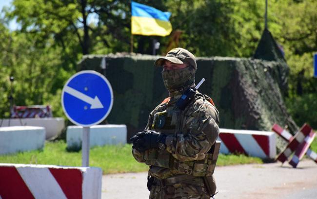 Аналітик розкрив два сценарії повернення Донбасу та Криму