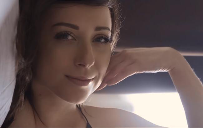 """""""Хто я для тебе?"""" Тоня Матвиенко сменила имидж и выпустила чувственный клип"""