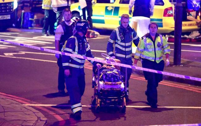 Фото: полиция сообщила о погибшем в результате наезда фургона в Лондоне (Rex Features)