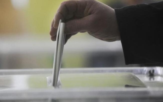 Явка избирателей на выборах мэра Черновцов по состоянию на 15:00 составляет 18,7%