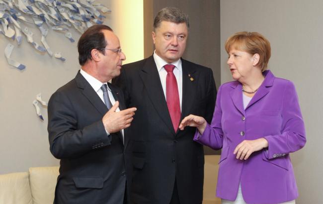 Фото: Петро Порошенко намерен обсудить ситуацию в Крыму с лидерами Франции и Германии