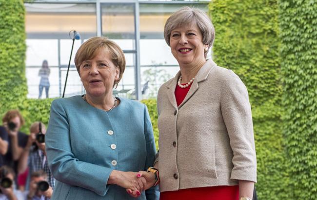 Отравление Скрипаля: Меркель призвала РФ ответить на вопросы британского правительства
