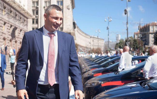 Кличко лично проверил новый трамвай вКиеве  События наТК Украина