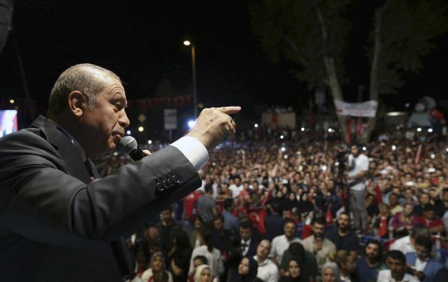 Фото: в Турции вновь прошел митинг в поддержку президента