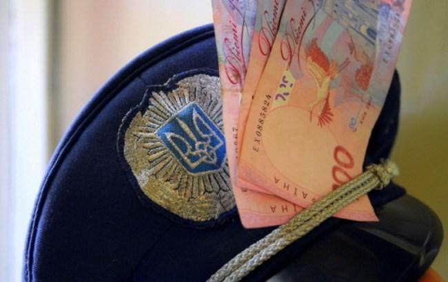 В Днепропетровской области будут судить полицейского за взятку