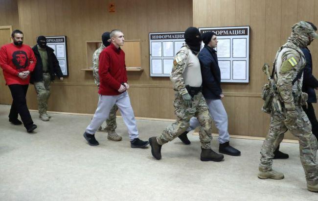 Суд в РФ продлил арест еще 6 украинским морякам