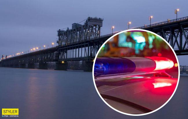 У Кременчуці жінки схопили за ноги самогубця, який стрибнув з мосту (відео)