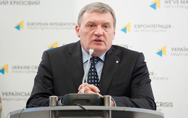 Росія поступово виводить своє озброєння з Донбасу, - Гримчак