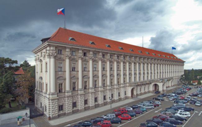 Чехия требует от России почти 30,5 млн долларов компенсации за взрывы в Врбетице