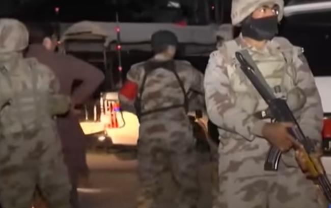 Фото: боевики напали на полицейскую академию