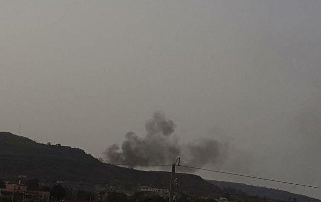 Фото: дим над курортним комплексом у Малі (twitter.com/BattleAnalytics)