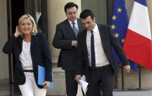 Руководитель партии ЛеПен ушел вотставку из-за заявлений оХолокосте