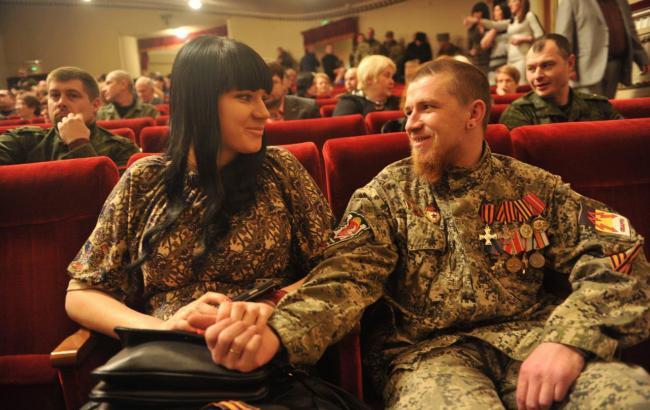 Фото: Олена Павлова і Моторола (Комсомольская правда)