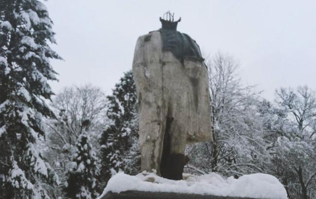 Под Львовом нашли украденную голову памятника Шевченко