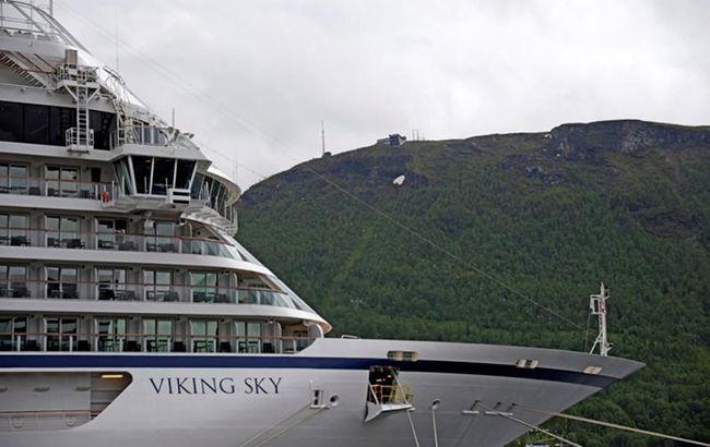 Авария круизного лайнера в Норвегии: пассажиры эвакуированы
