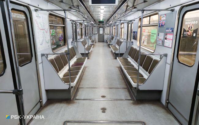 В метро Киева после сбоя можно снова платить за проезд картой