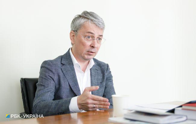 Ткаченко: наплыв российских артистов в Украину постепенно будет спадать