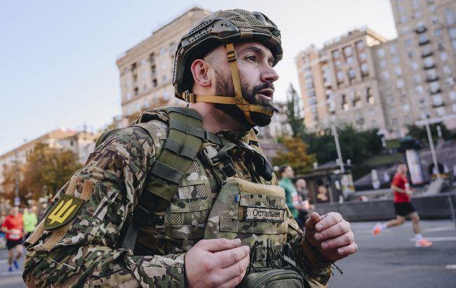 Ветеран АТО пробіг напівмарафон у військовій амуніції вагою понад 30 кг (фото)