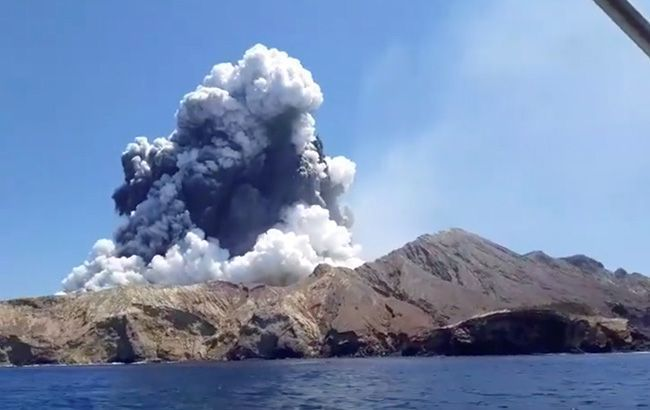 Для пошуку загиблих через виверження вулкану в Новій Зеландії залучили водолазів