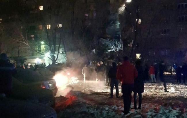 У Росії через вибух обвалився під'їзд багатоповерхівки, є жертви