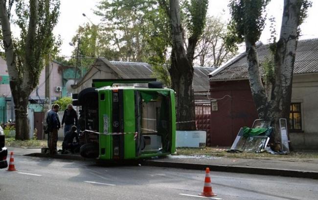 Фото: в результате ДТП в Одессе за помощью обратились 10 человек