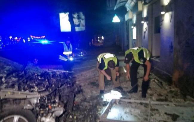 Фото: на месте взрыва в Одессе (facebook.com/gunp.odessa)