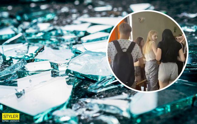 В колледже Ровно во время награждения студентов упало окно: есть пострадавшие (видео)